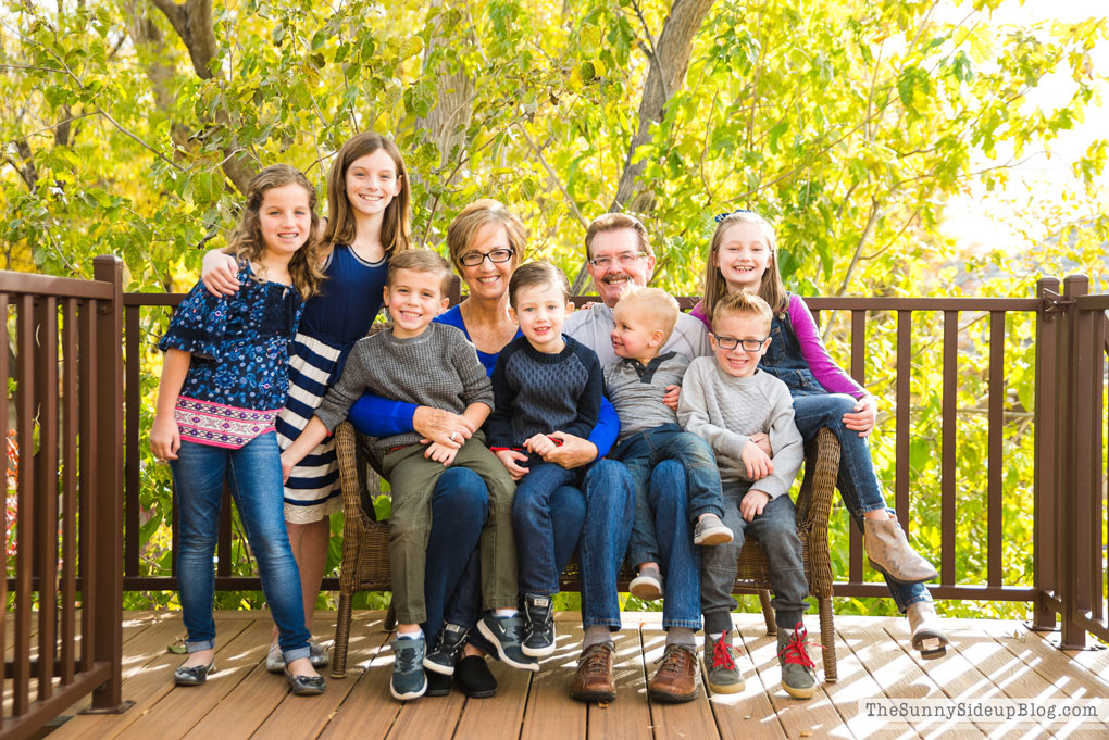 grandkids-with-grandma-and-grandpa