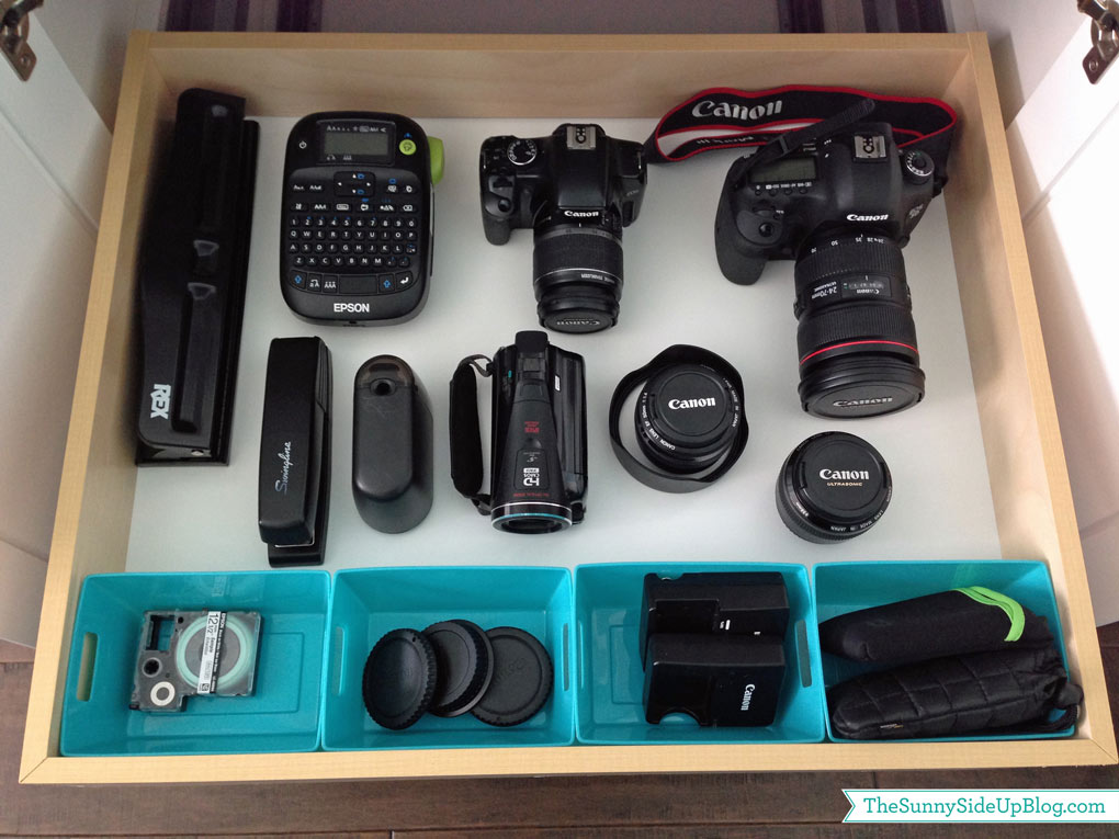 organize-camera-equipment