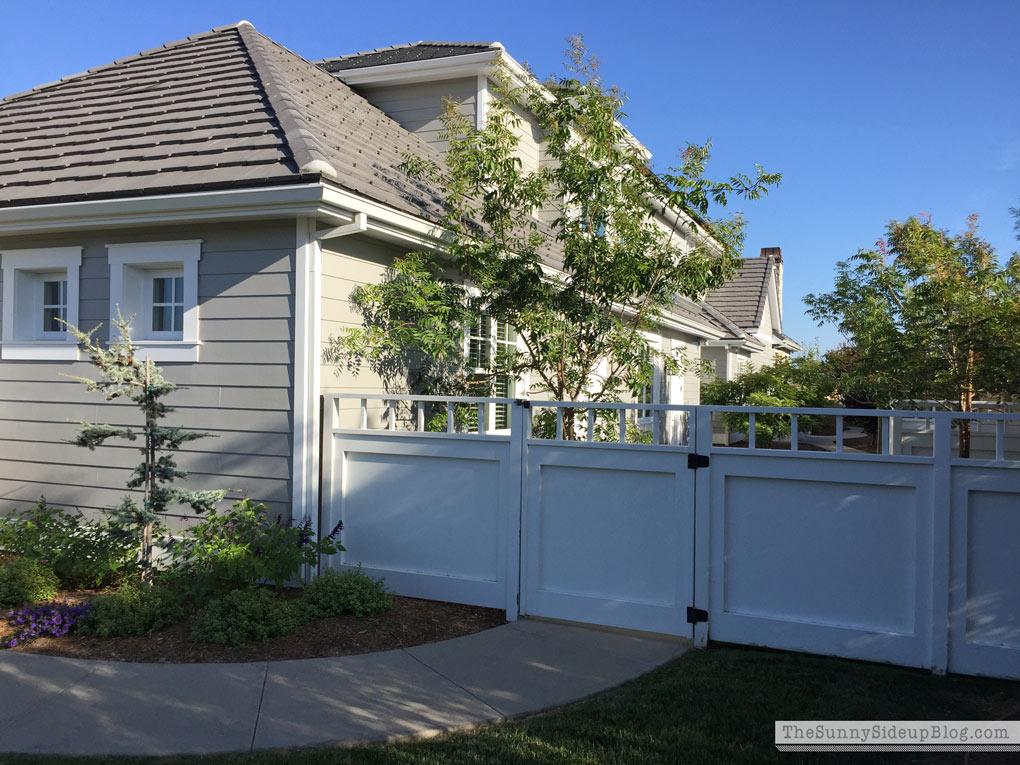 white-craftsman-gate-sunny-side-up
