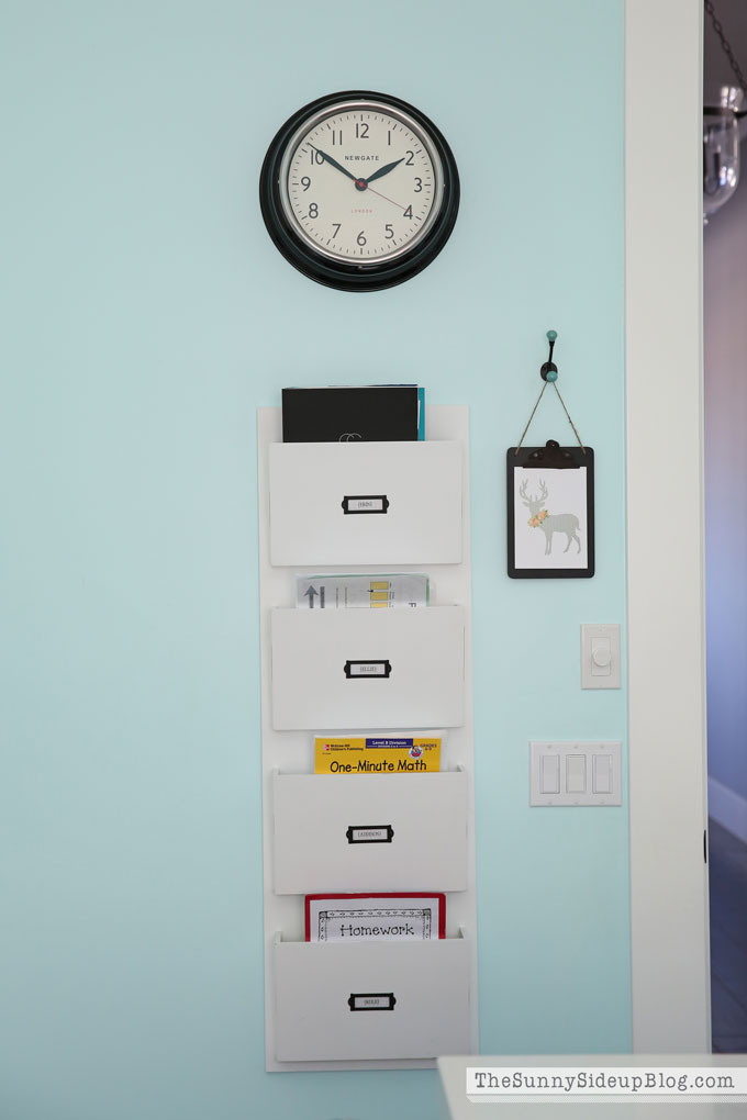 decorated-office-craft-room-9