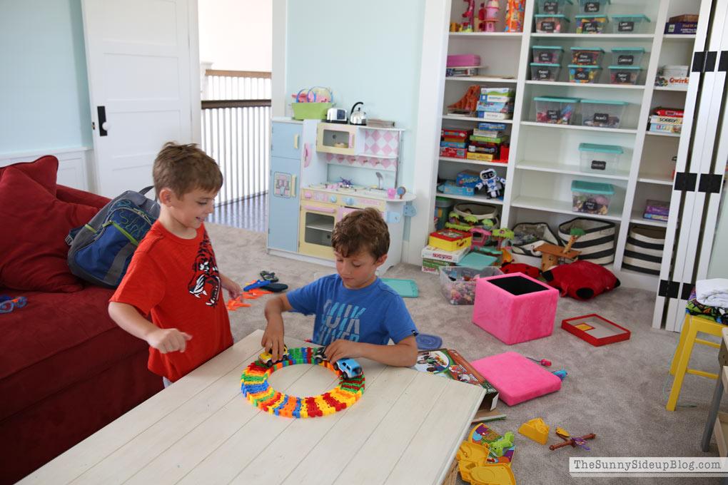 messy-playroom-2