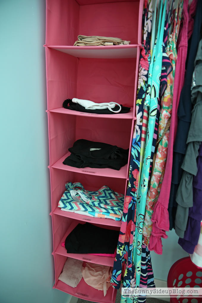 organized-clothes-rack