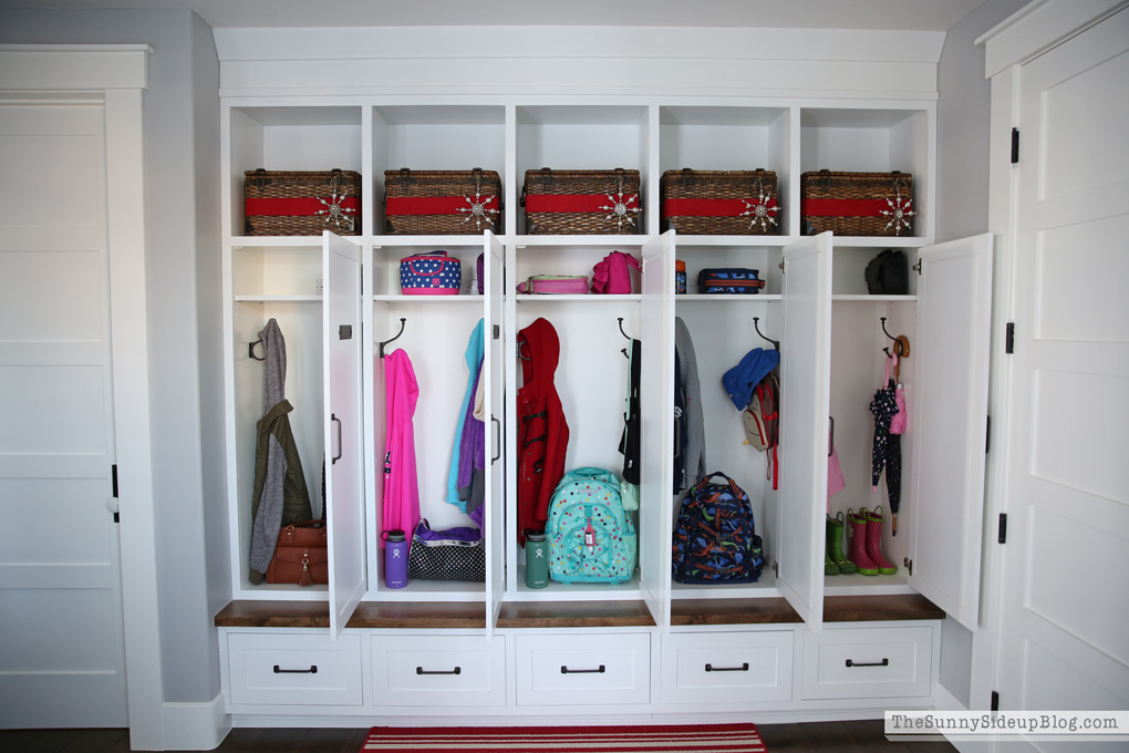organized-mudroom-4