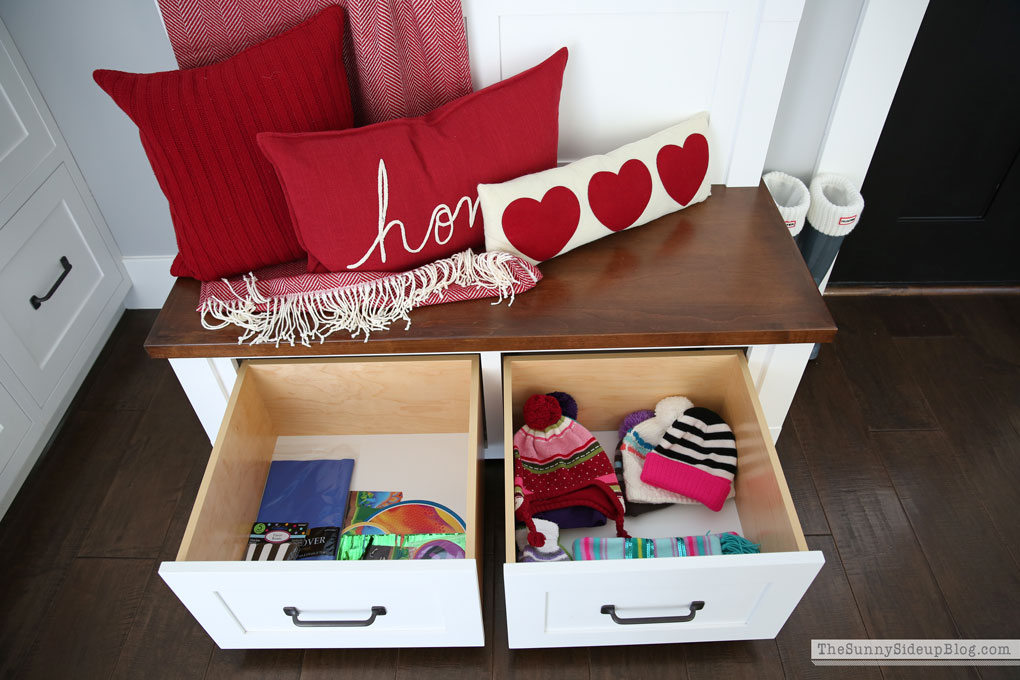 organized-mudroom-7