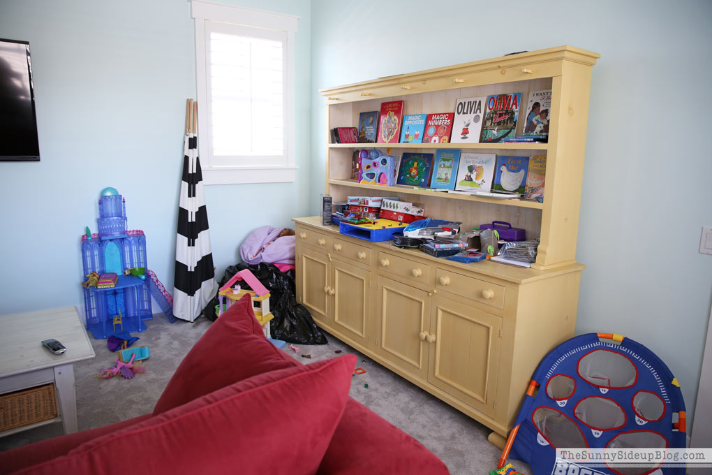 organized-playroom