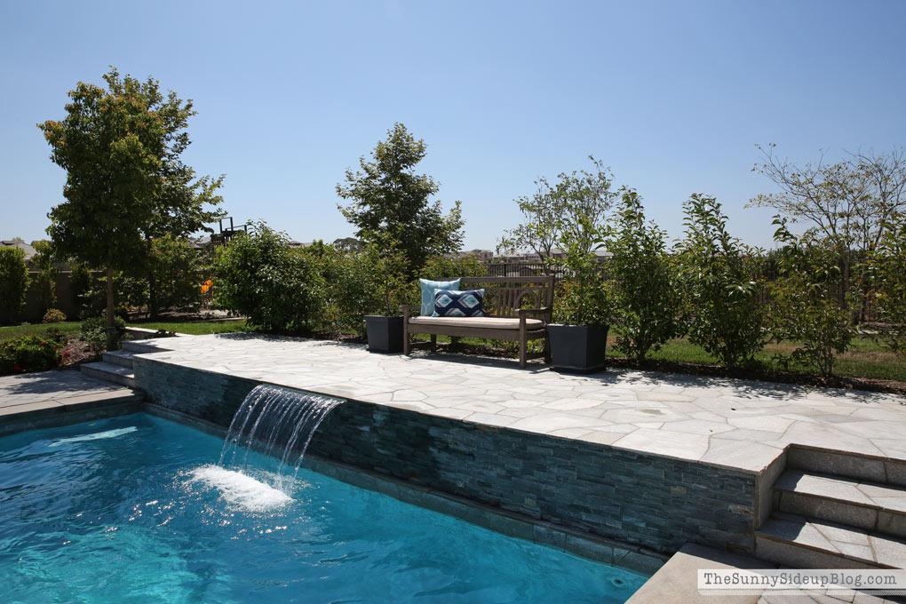 pool-fountain