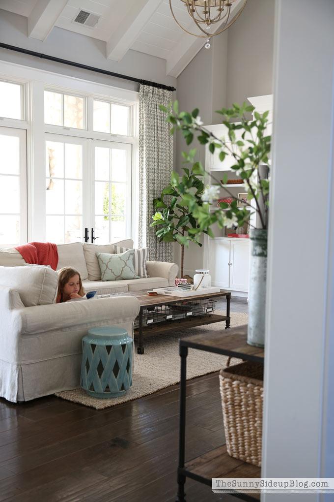 pottery-barn-comfort-sofa