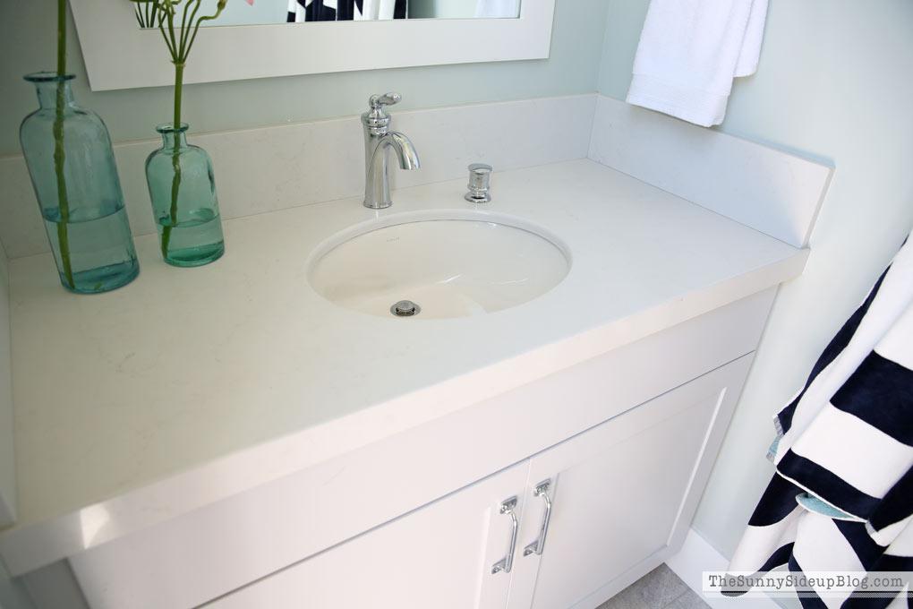 caesarstone-quartz-countertop