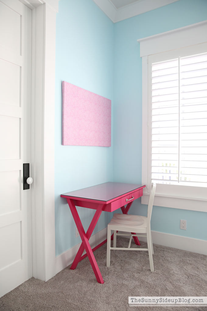 girls' bedroom desks - the sunny side up blog