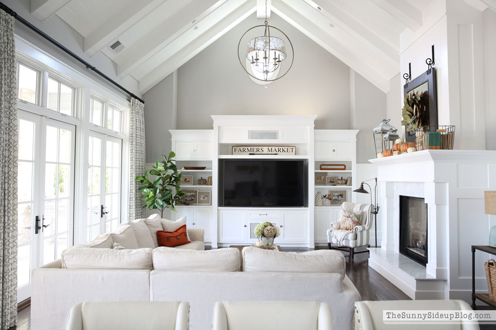 light-and-bright-family-room