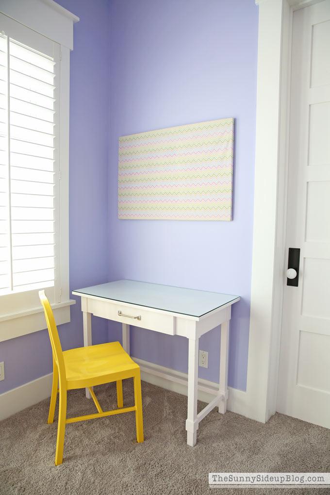 Girls\' Bedroom Desks - The Sunny Side Up Blog