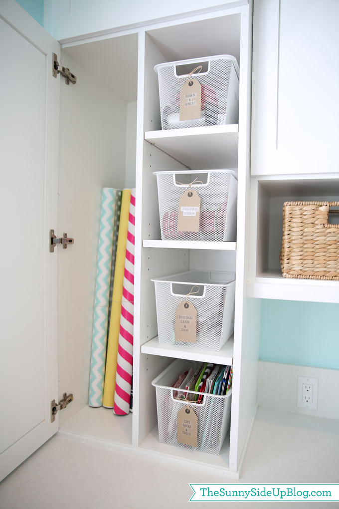 organized-wrapping-cupboard