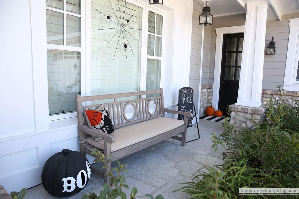 pottery-barn-spider-porch