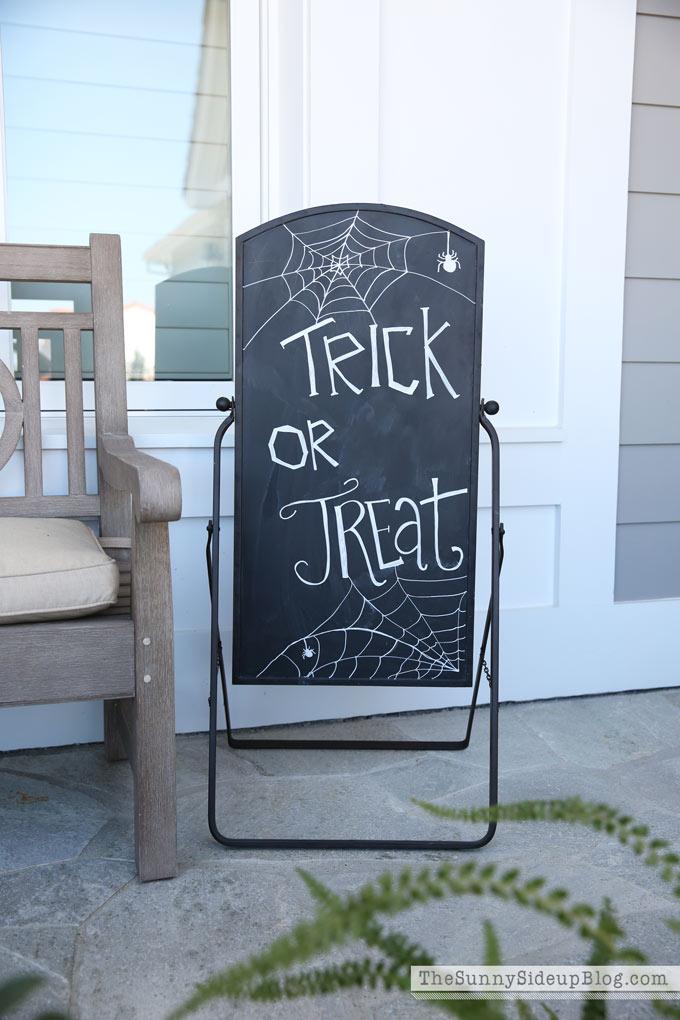 trick-or-treat-halloween-art