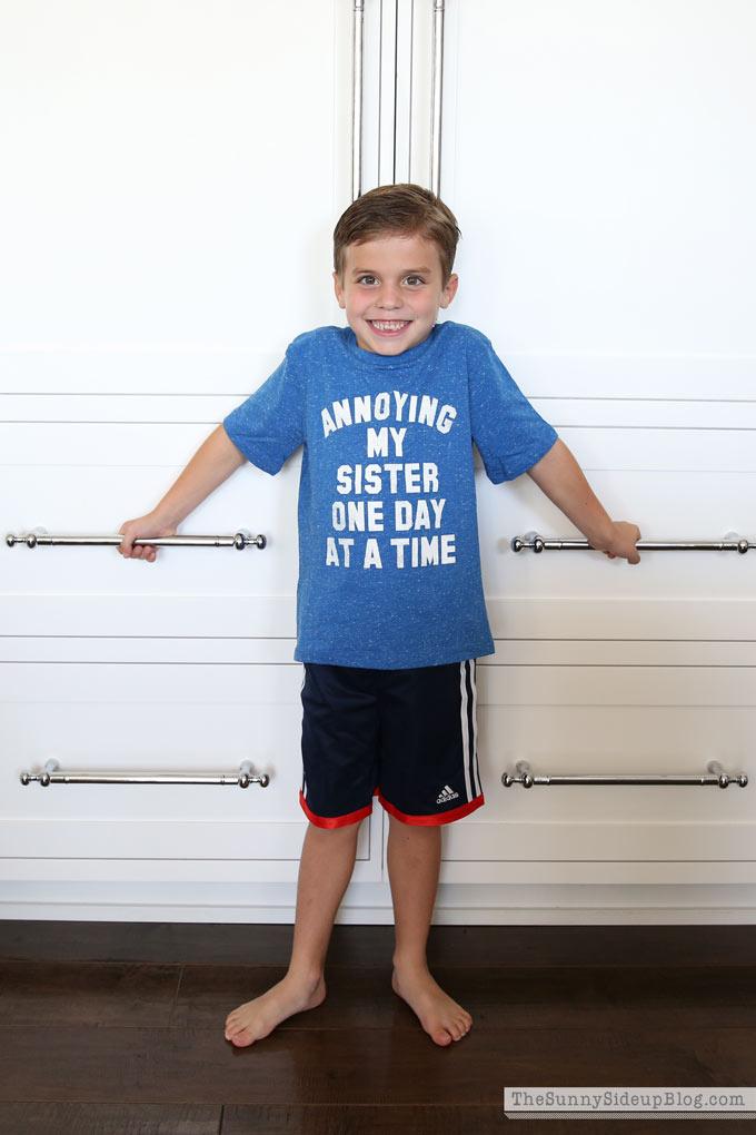 annoying-my-sister-shirt