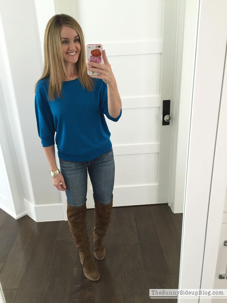 blue-gap-sweater