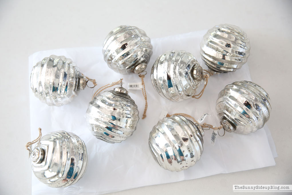 christmas-tree-ornaments