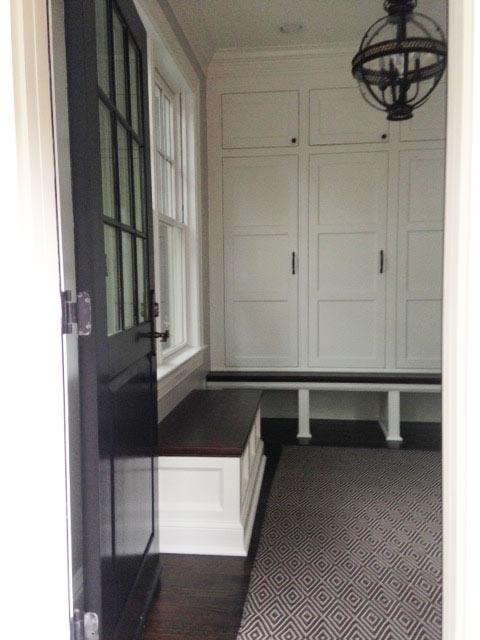 craftsman-mudroom-lockers