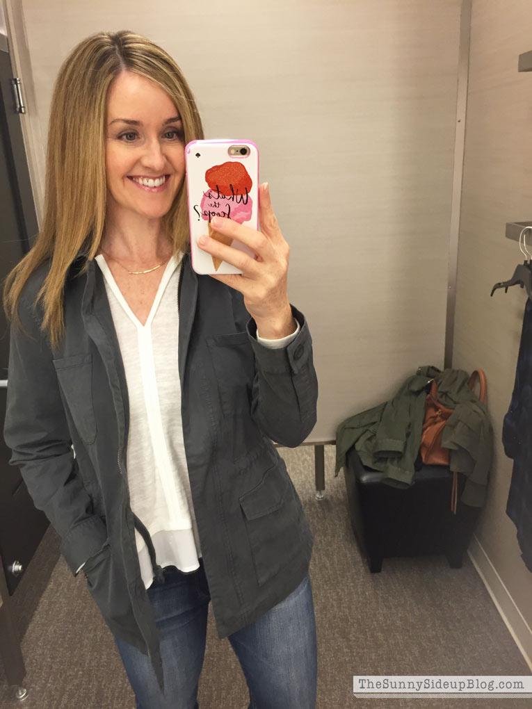 gray-cargo-fall-jacket