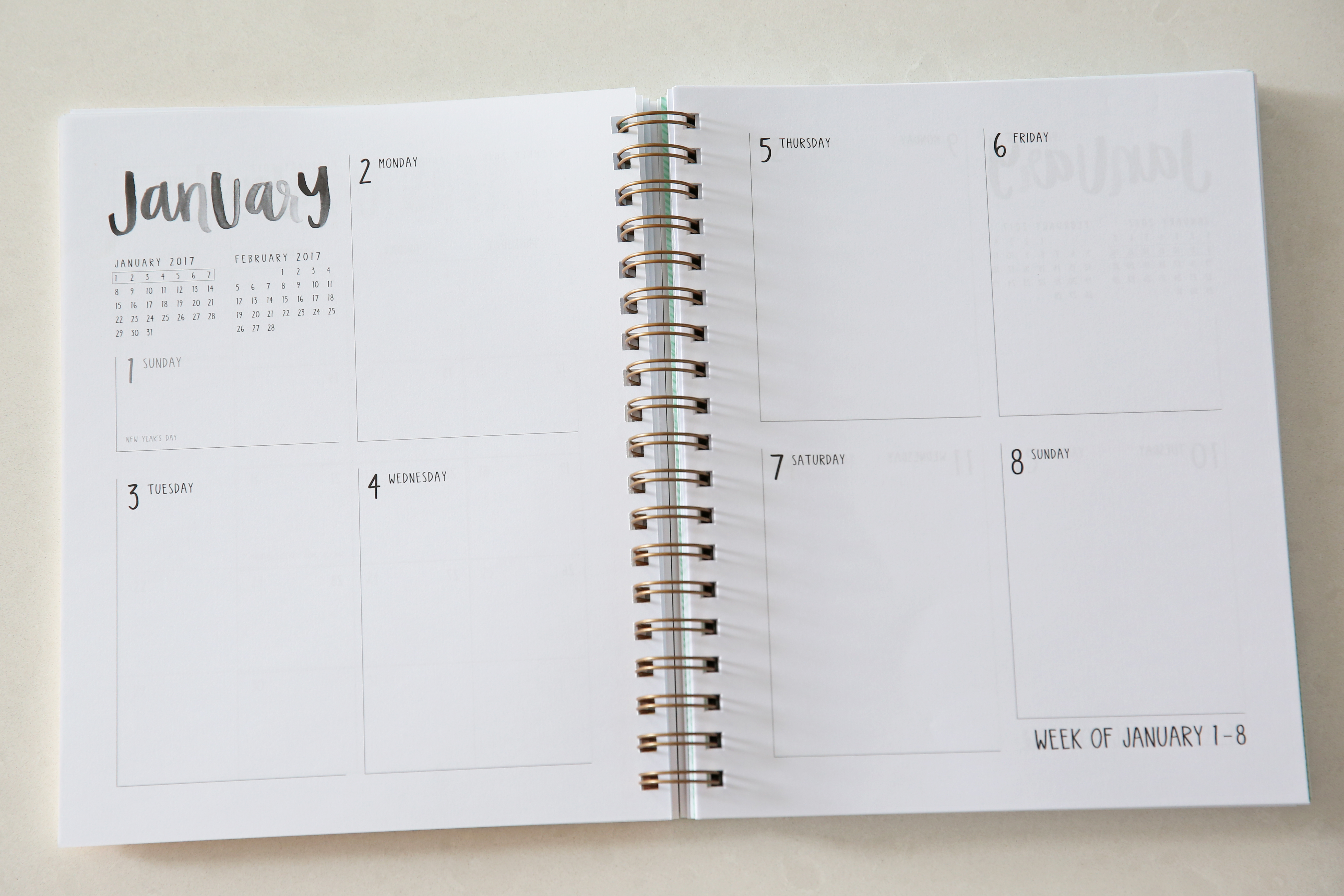 january-weekly-planner-layout