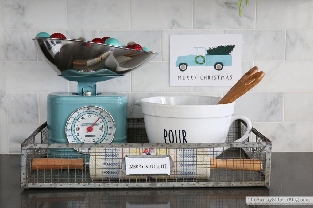 blue-kitchen-scale