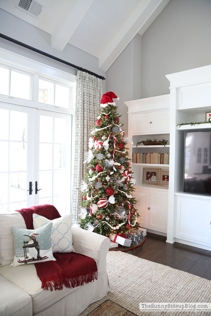candy-cane-christmas-tree