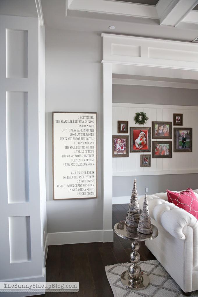 christmas-formal-living-room-sunny-side-up-4