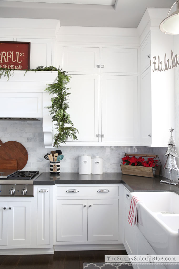 Kitchen Christmas Decor! - The Sunny Side Up Blog