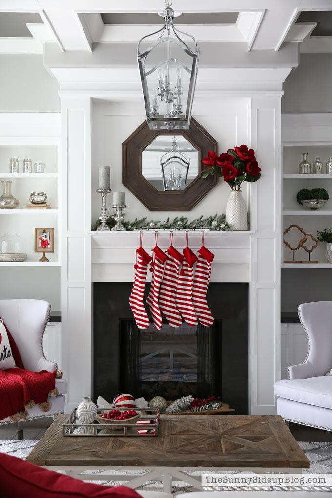 formal-living-room-christmas-sunny-side-up-15