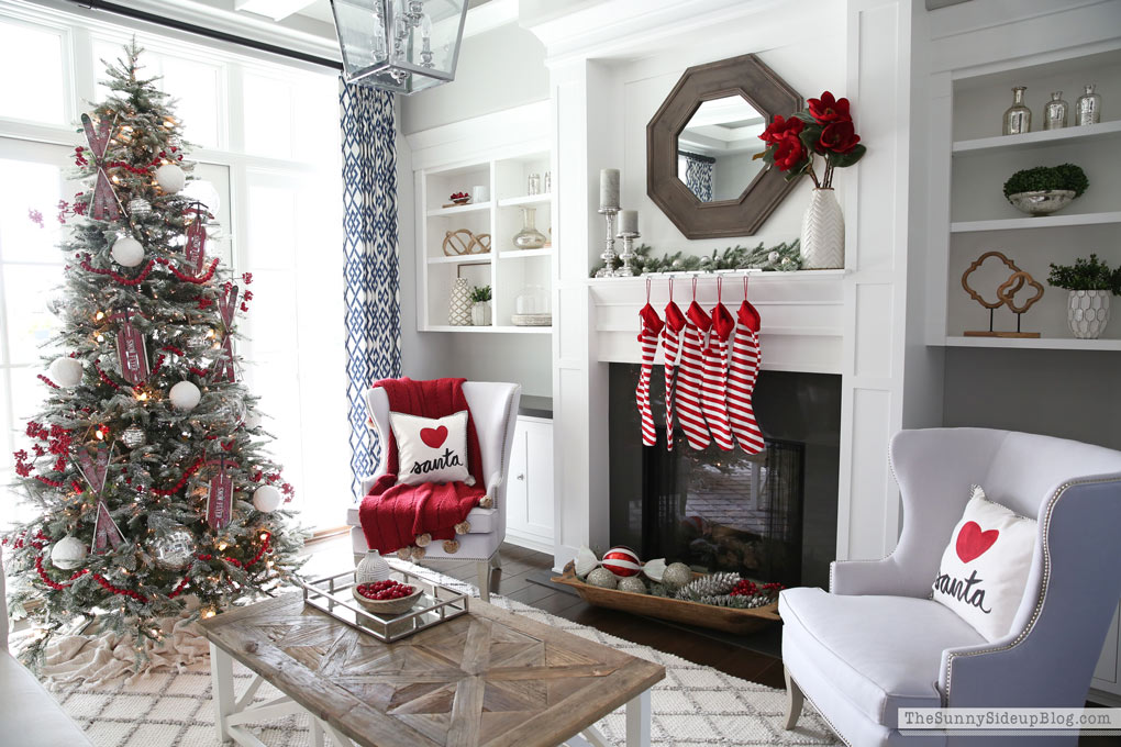 formal-living-room-christmas-12