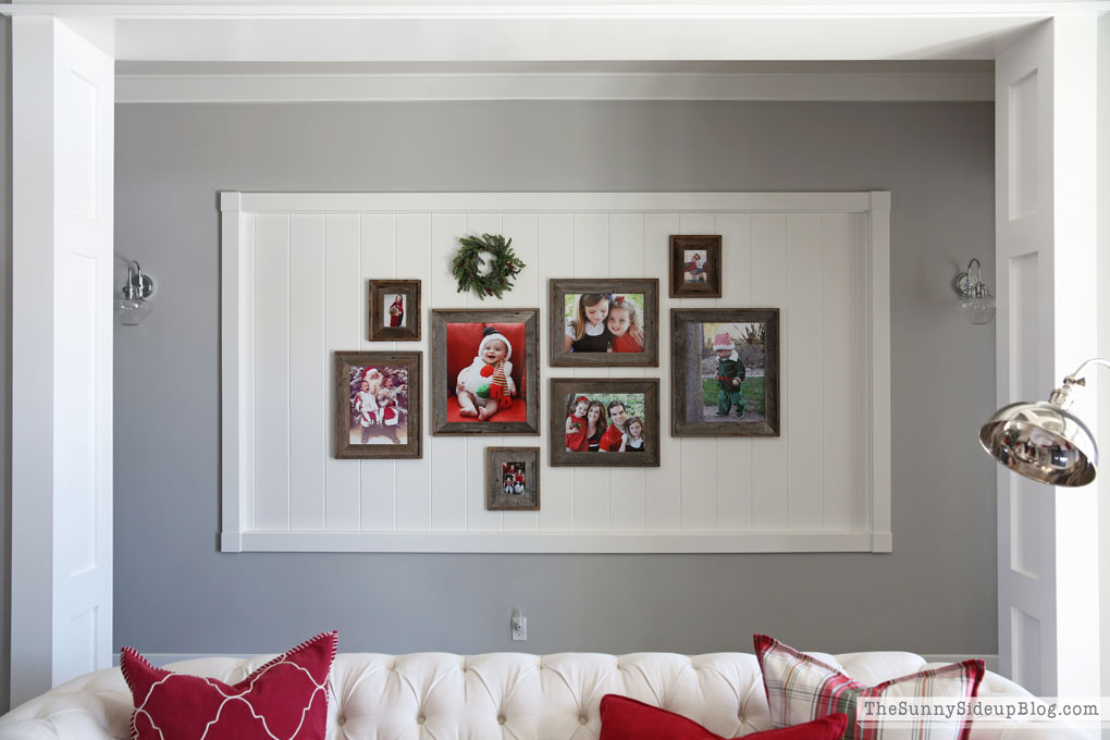 gallery-wall-christmas-pictures