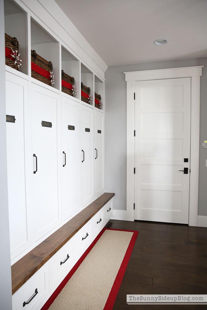 jute-mudroom-locker-rug