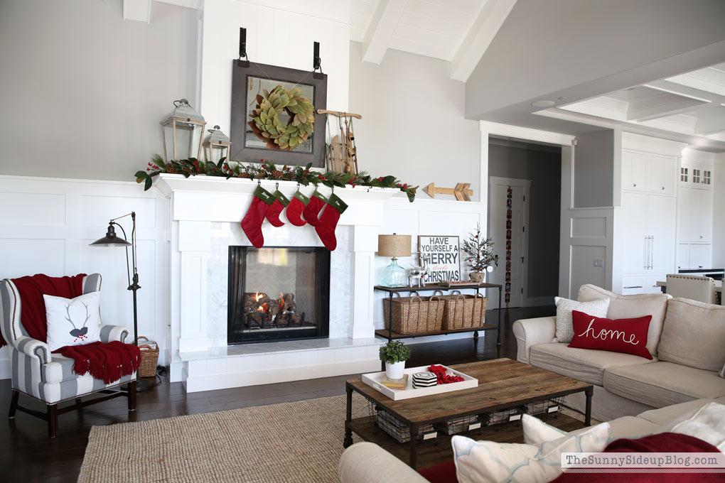 magnolia-wreath-sunny-side-up
