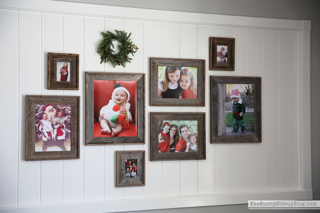 planked-christmas-gallery-wall