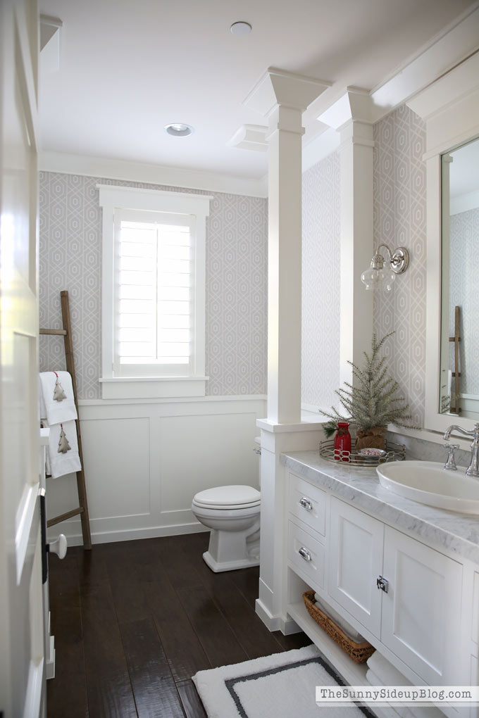 Christmas Powder Bathroom (12 Days of Holiday Homes)