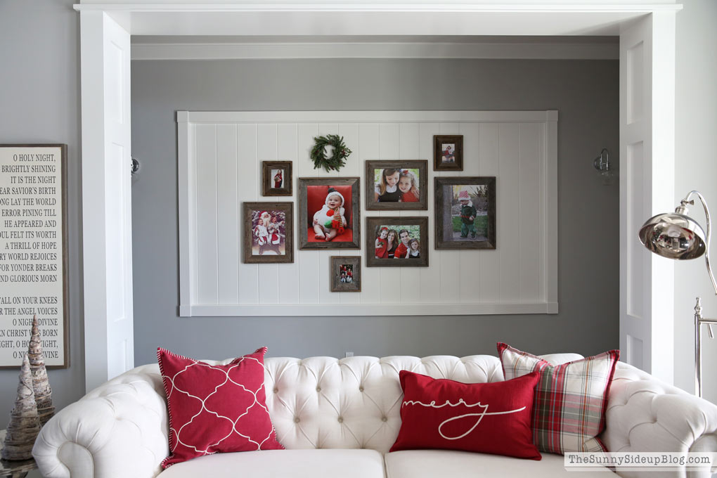sunny-side-up-christmas-living-room