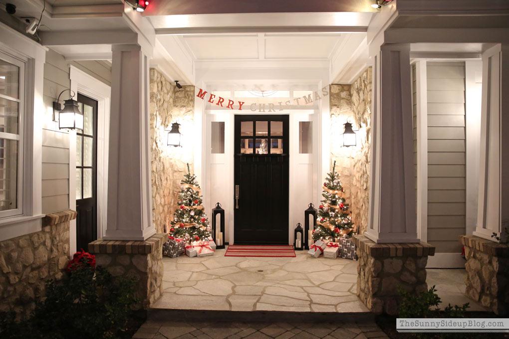 sunny-side-up-craftsman-porch-night-lights