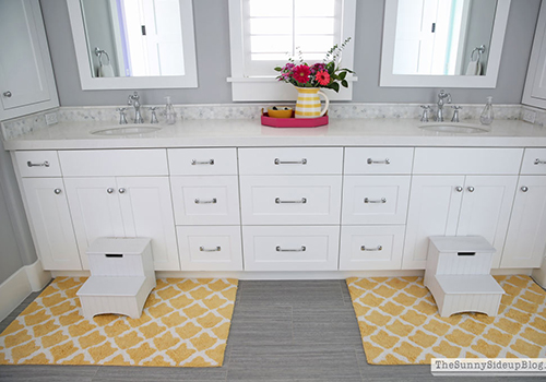 Girls' Bathroom – Organized Drawers