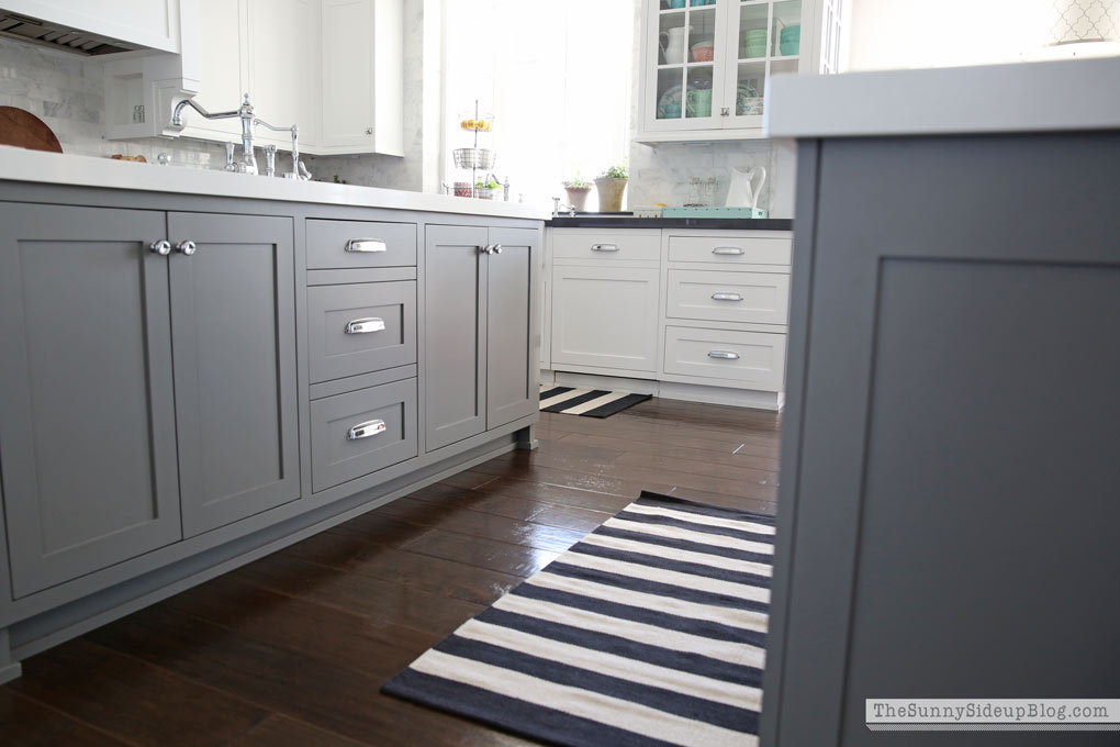 ... Rugs Luxury Remarkable White Striped Would Also Add Something Fun To  The Kitchen Hmmm A Great Neutral That S Let See ...