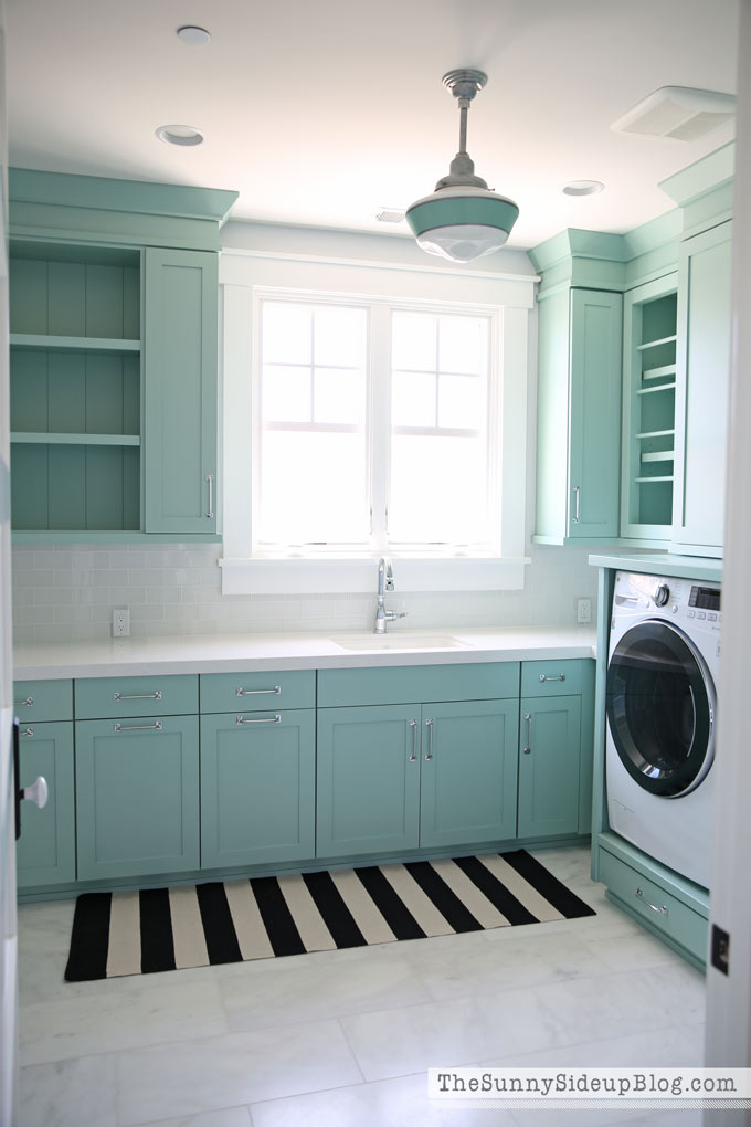 Decorated And Organized Laundry Room With Color The Sunny Side Up Blog