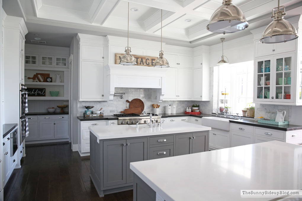 Kitchen decor ideas for Spring!