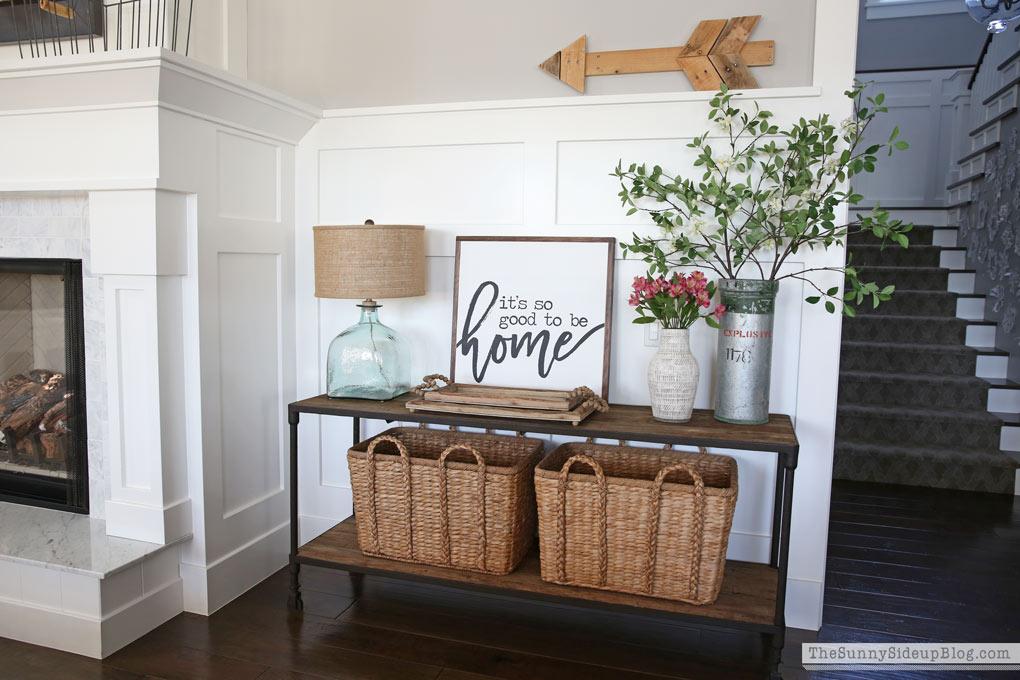 Organized Bathroom Drawers and Spring Decor