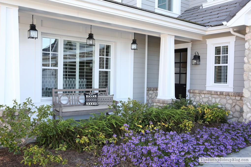 Craftsman porch (Sunny Side Up)