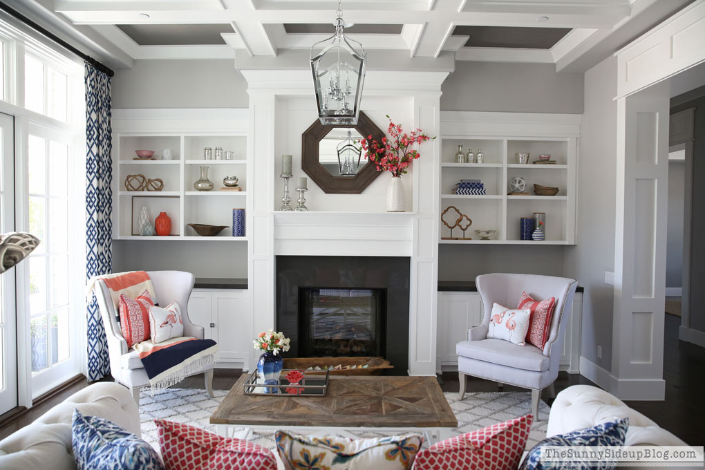 Living Room Summer Decor