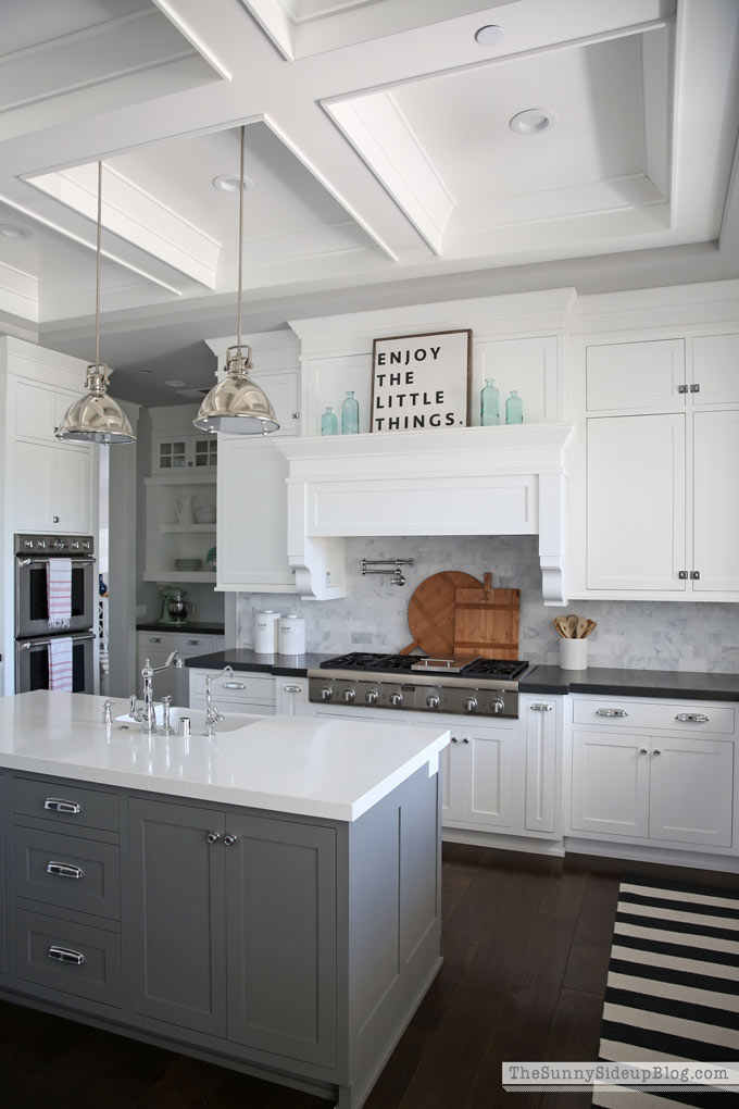 Summer Kitchen Decor - The Sunny Side Up Blog