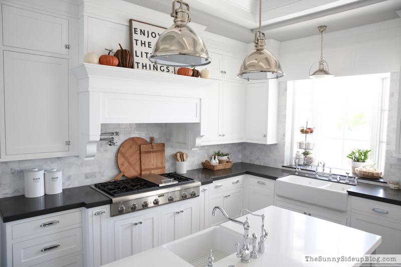 Fall decor - white kitchen