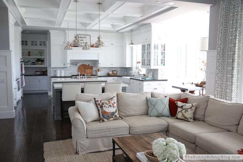 Cozy Fall Home Decor (Sunny Side Up(