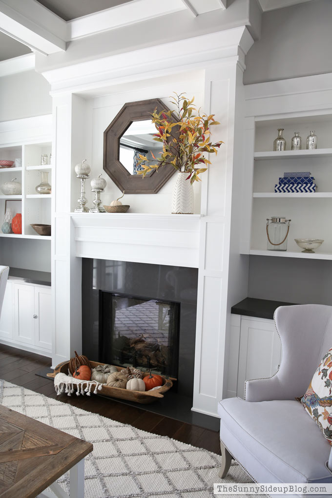 fall-living-room-coffered-ceiling-built-in-shelves