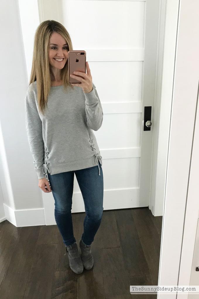 grey-tie-caslon-sweatshirt