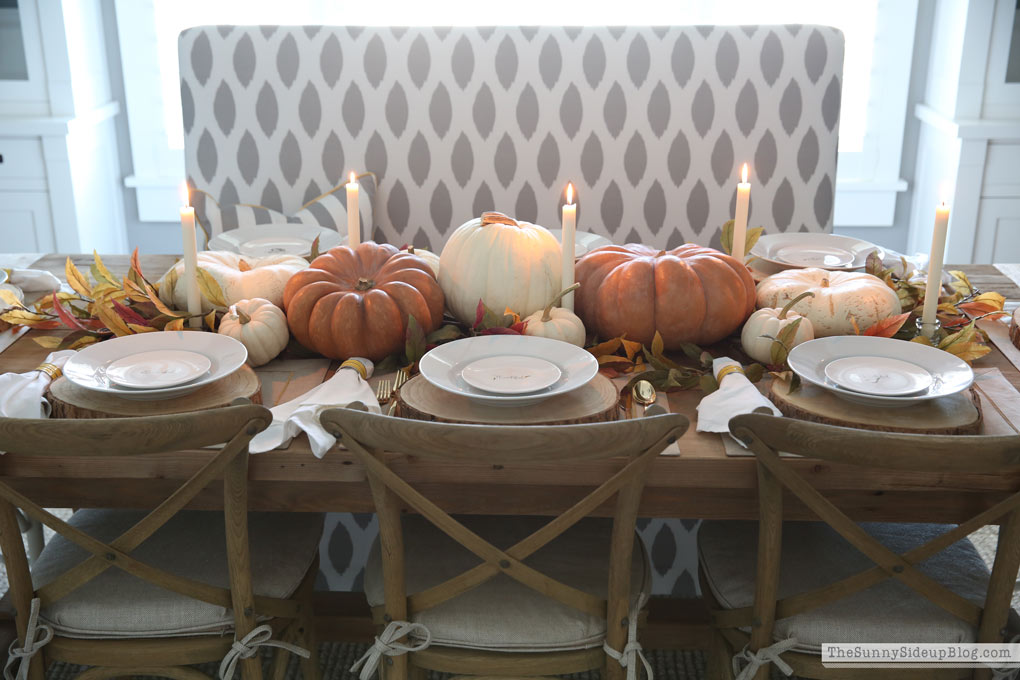 Pumpkin Thanksgiving table